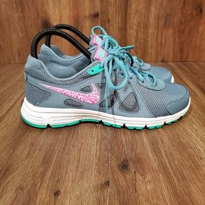 Nike Womens Revolution 2 Running Shoes Teal Pink